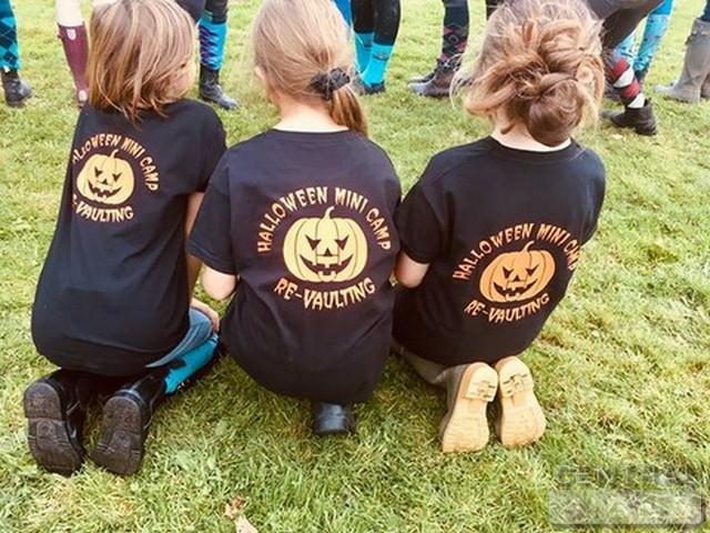 Kids club T-shirts